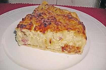 Schwäbischer Zwiebelkuchen mit Speck