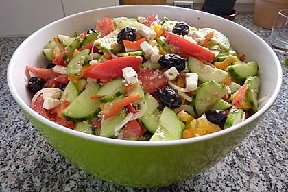 Griechischer Salat Viniferia Art 4