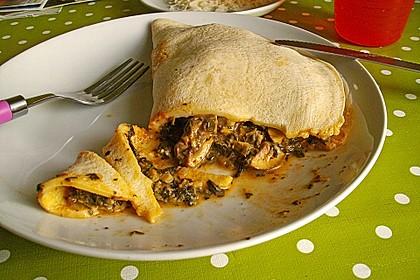 Vegetarischer Pfannkuchen mit Spinat-Champignon-Füllung 1