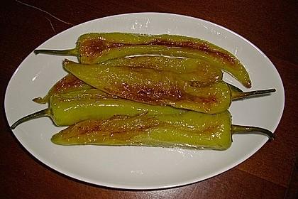 Gebratene Spitzpaprika mit Meersalz 3