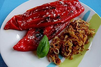 Gebratene Spitzpaprika mit Meersalz