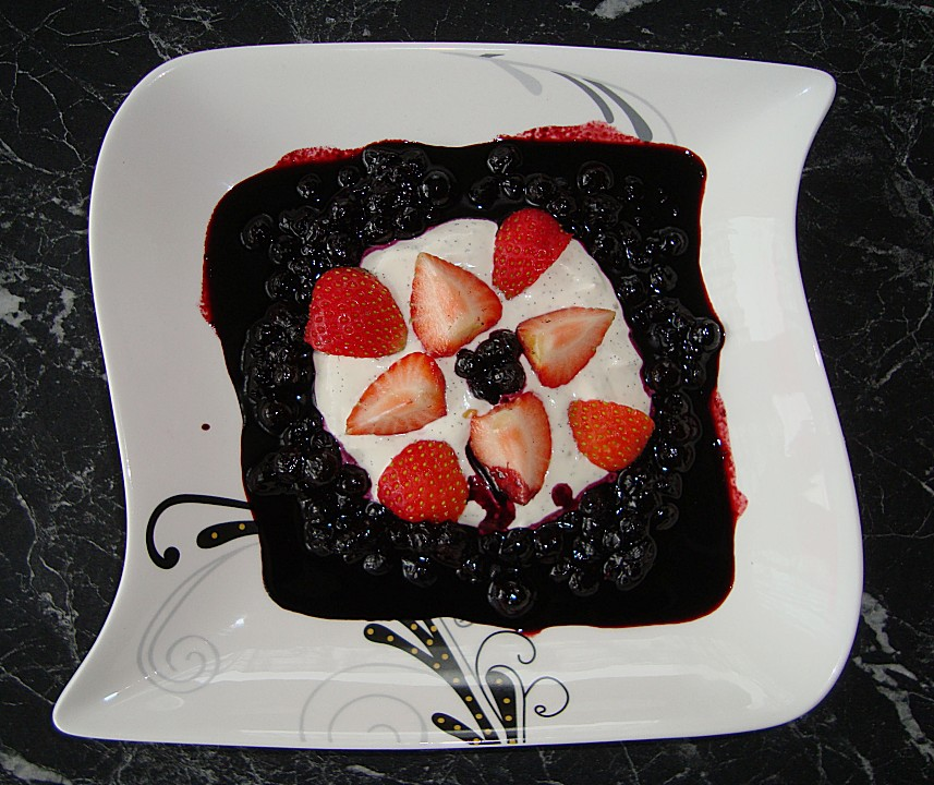heidelbeer erdbeeren nachspeise rezepte. Black Bedroom Furniture Sets. Home Design Ideas