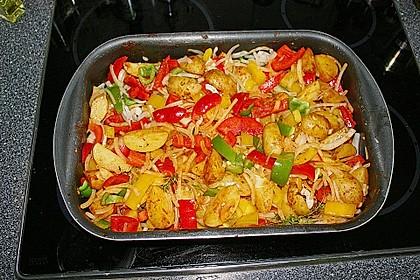 Hähnchenschenkel auf BBQ Kartoffel-Gemüsebett 1