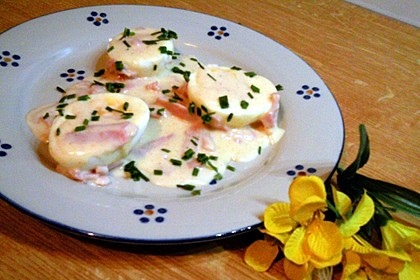 Eier in Schinken-Sahne Soße 35
