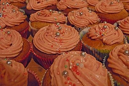Strawberry Frosting für Cupcakes 16