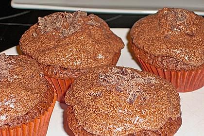 Double Chocolate Cream Cupcakes 29