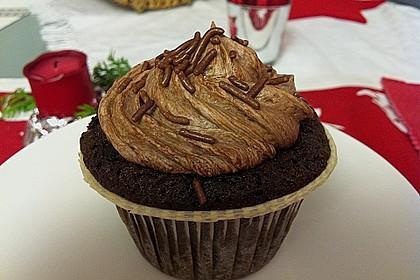 Double Chocolate Cream Cupcakes 14