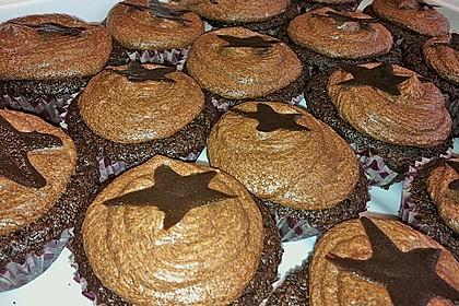 Double Chocolate Cream Cupcakes 27