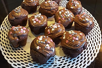 Double Chocolate Cream Cupcakes 22