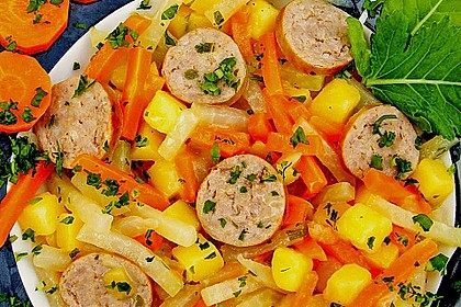 Kohlrabi-Karotten Topf mit Bratwurst 12