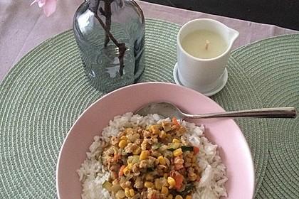 Mein cremiges, veganes Erdnusspfännchen mit Gemüse und Soja 6