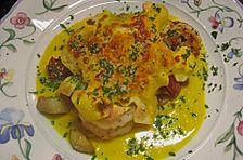 Lasagne mit Garnelen auf Safranspiegel