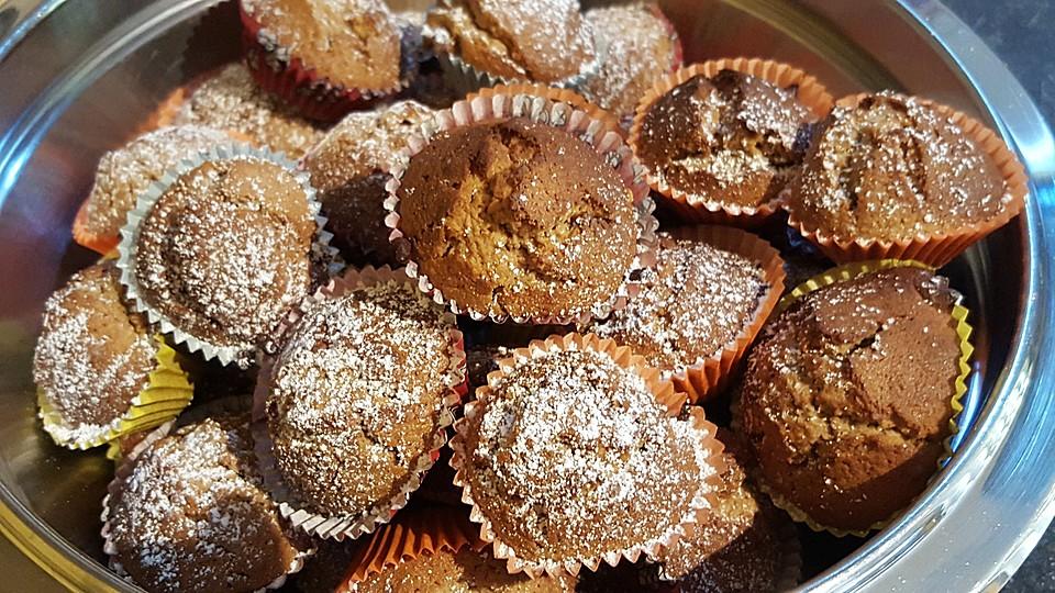 muffins mit mandeln wei er schokolade und marzipan rezept mit bild. Black Bedroom Furniture Sets. Home Design Ideas