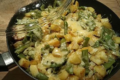 Würzige Kartoffel-grüne Bohnen Pfanne 33