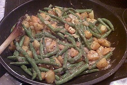 Würzige Kartoffel-grüne Bohnen Pfanne 22