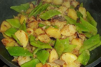 Würzige Kartoffel-grüne Bohnen Pfanne 14