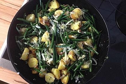 Würzige Kartoffel-grüne Bohnen Pfanne 4