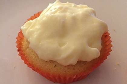 Zitronen-Cupcakes mit Creamcheese-Frosting 88