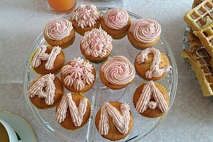 Zitronen-Cupcakes mit Creamcheese-Frosting 51