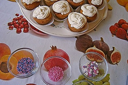 Zitronen-Cupcakes mit Creamcheese-Frosting 74