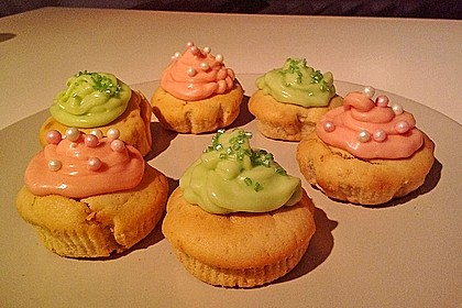 Zitronen-Cupcakes mit Creamcheese-Frosting 48