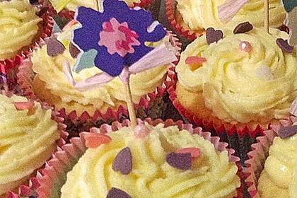Zitronen-Cupcakes mit Creamcheese-Frosting 38