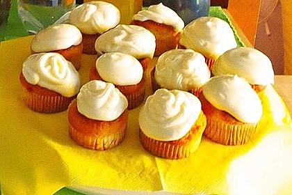 Zitronen-Cupcakes mit Creamcheese-Frosting 75