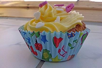 Zitronen-Cupcakes mit Creamcheese-Frosting 22