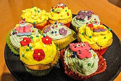 Zitronen-Cupcakes mit Creamcheese-Frosting 16