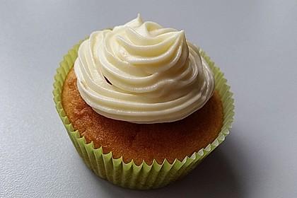 Zitronen-Cupcakes mit Creamcheese-Frosting 37
