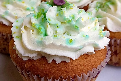 Zitronen-Cupcakes mit Creamcheese-Frosting 18