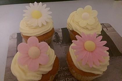 Zitronen-Cupcakes mit Creamcheese-Frosting 34