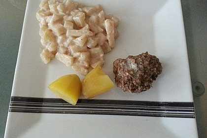 Kohlrabi-Gemüse mit heller Sauce 25
