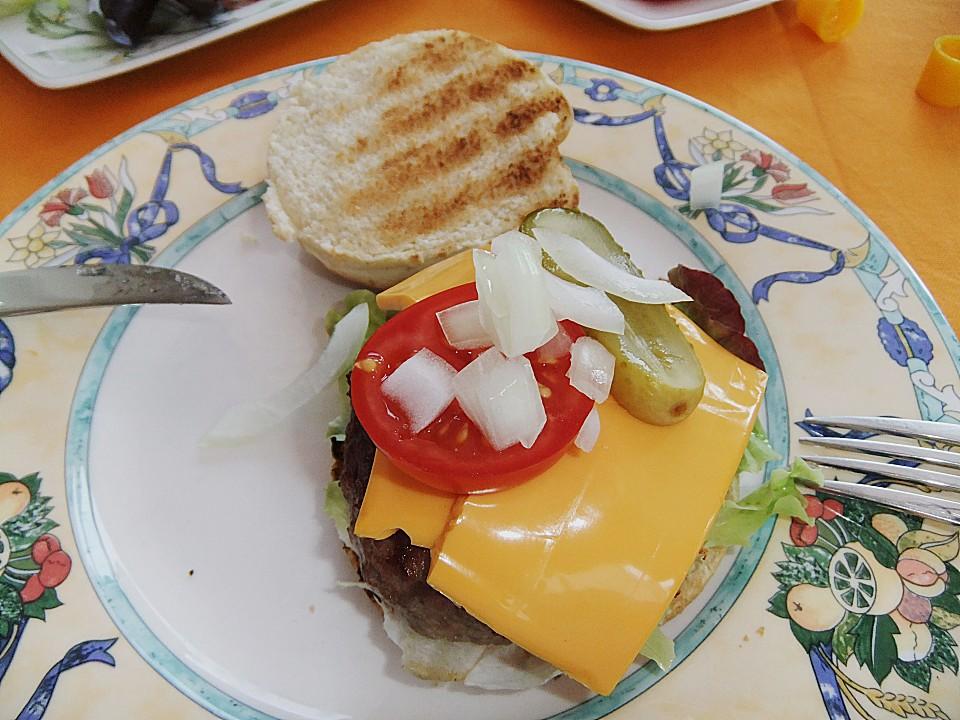 leckere tatar burger rezept mit bild von saya1981. Black Bedroom Furniture Sets. Home Design Ideas