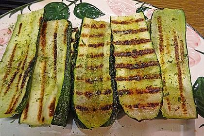 Gegrillte Zucchini mit Minze 4