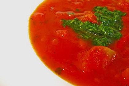 Feurige Tomatensuppe mit Sauerkraut