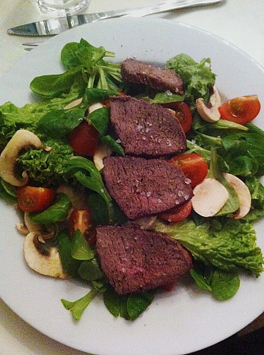 fettarmer salat mit rindfleisch rezept mit bild. Black Bedroom Furniture Sets. Home Design Ideas