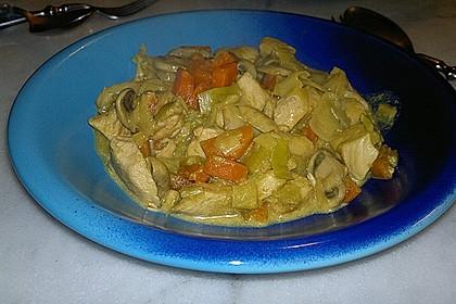 Cremiges Curry-Hühnchen mit Gemüse 13