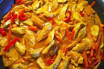 Cremiges Curry-Hühnchen mit Gemüse 8