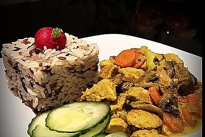 Cremiges Curry-Hühnchen mit Gemüse