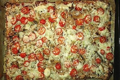 Low Carb Pizzaboden aus Blumenkohl 41