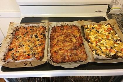 Low Carb Pizzaboden aus Blumenkohl 85
