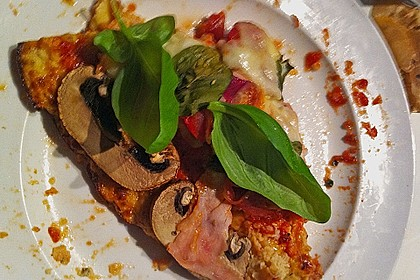 Low Carb Pizzaboden aus Blumenkohl 87