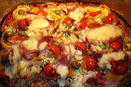 Low Carb Pizzaboden aus Blumenkohl 99