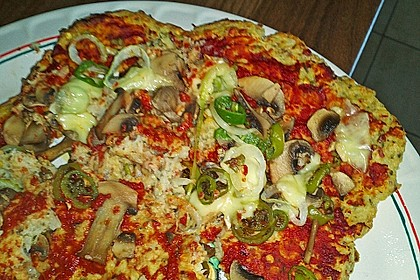 Low Carb Pizzaboden aus Blumenkohl 55