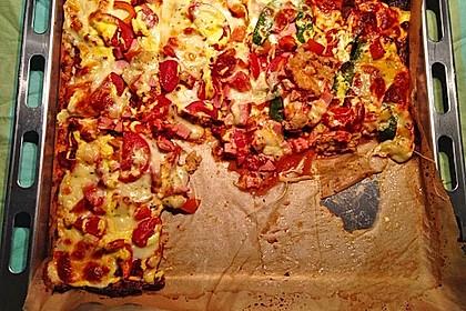 Low Carb Pizzaboden aus Blumenkohl 105