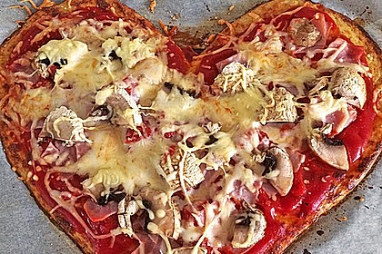 Low Carb Pizzaboden aus Blumenkohl 8
