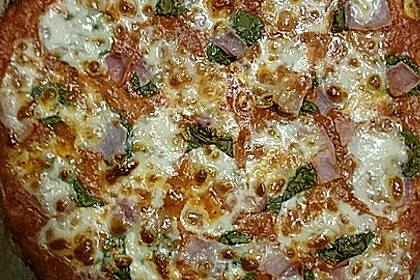 Low Carb Pizzaboden aus Blumenkohl 35