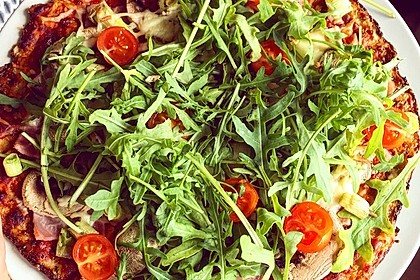 Low Carb Pizzaboden aus Blumenkohl 16