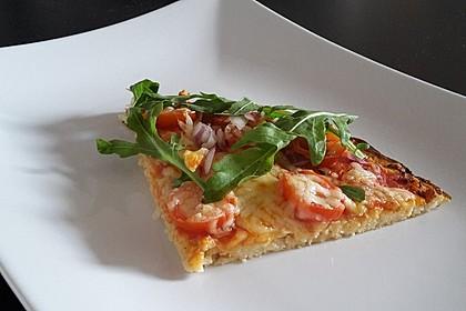 Low Carb Pizzaboden aus Blumenkohl 5